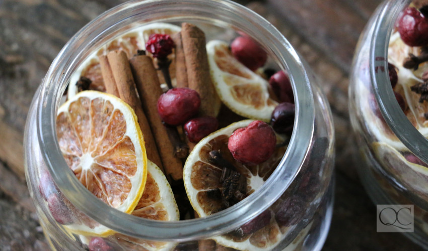 fall and winter spiced potpourri for the holidays