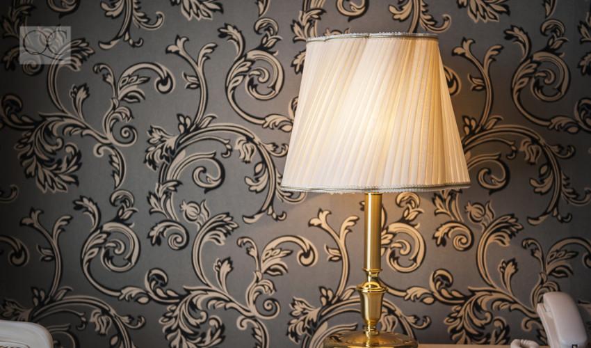 lamp decor in bedroom
