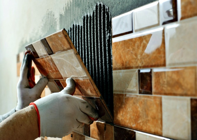 Working with tiles ceramic
