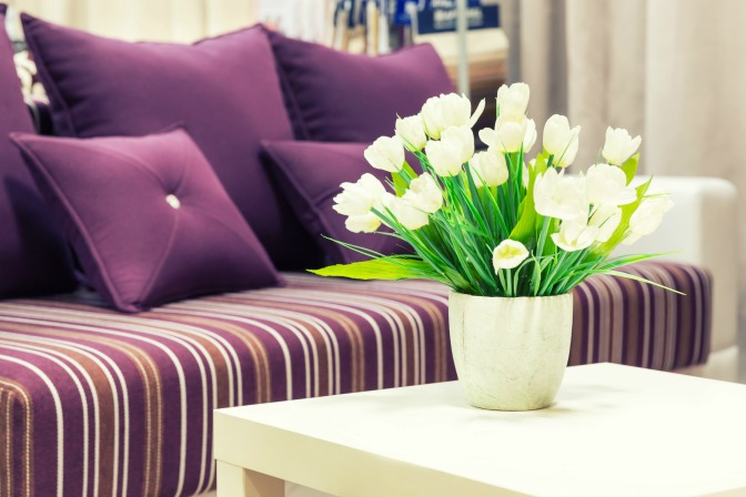 home-staging-clients-purple-couch