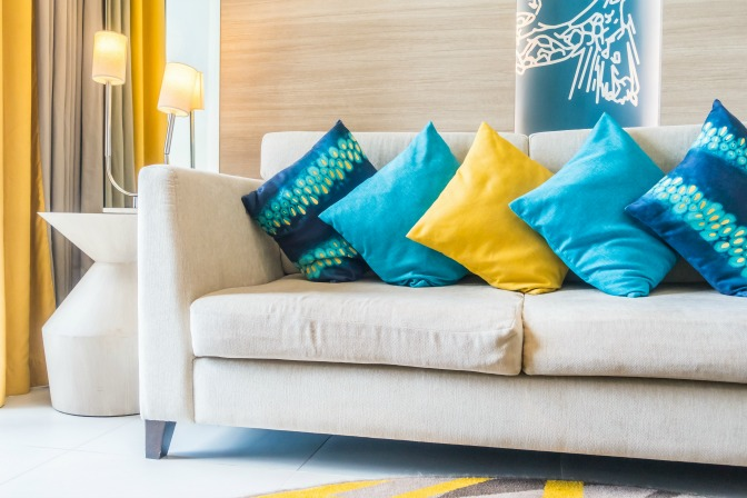 home-staging-questions-pillows