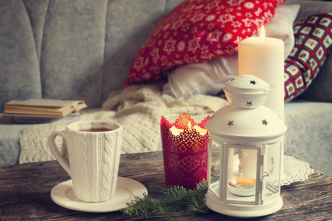 winter's home decor holiday touches
