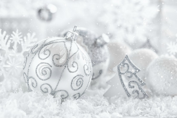 Winter's home decor icy ornaments