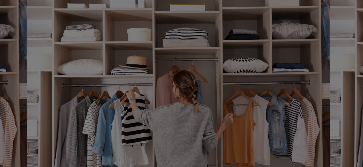 A Professional Organizer's Guide to Organizing a Wardrobe