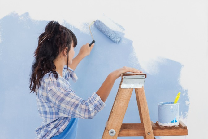 Learn how to be a home designer and interior decorator with paint color schemes