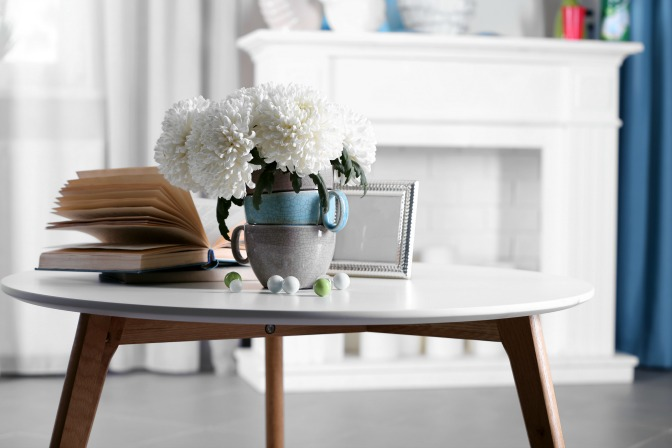 Home staging with spring decor