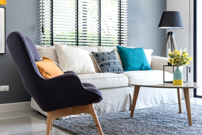 Learn about complimentary colors in online home staging courses