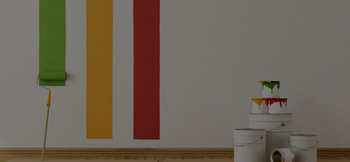 Paint vs. Wallpaper: An Interior Decorator's Guide