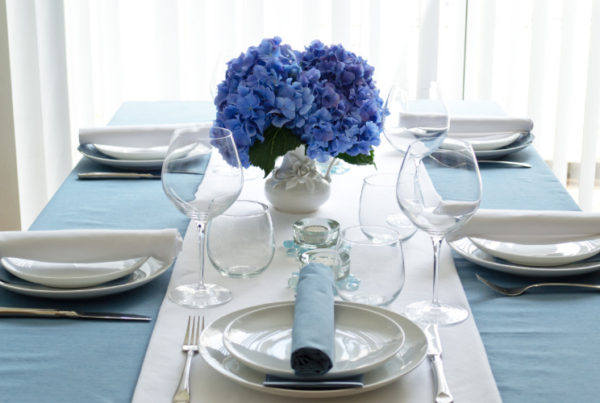 interior decorating to home staging dining table