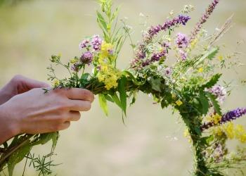 handmade wild flower wreath