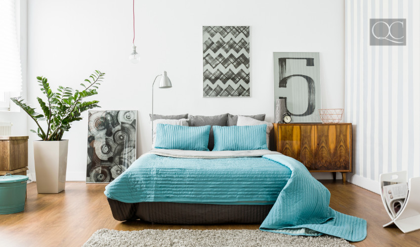 pop of color in a bedroom