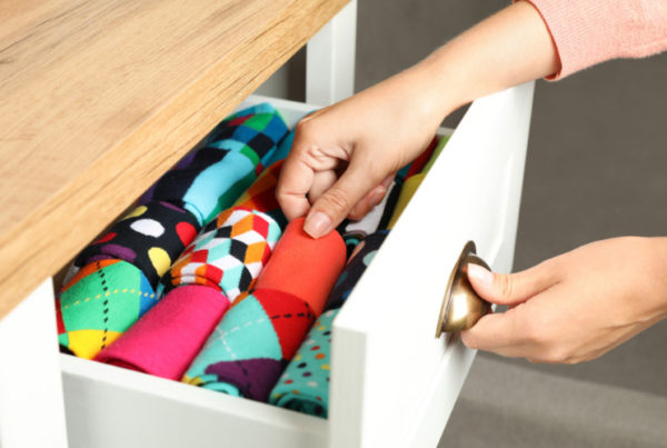 professional organizer jobs to use color to organize dresser