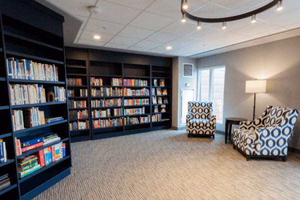 Library Aquatria Retirement Residence - Staging and Design by QC Design School graduate Chantal Marion