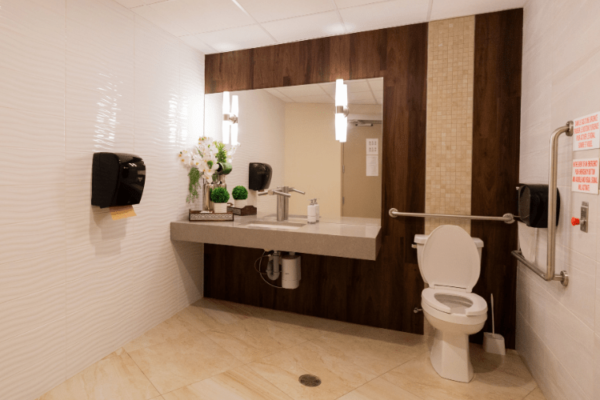 Bathroom Aquatria Retirement Residence - Staging and Design by QC Design School graduate Chantal Marion