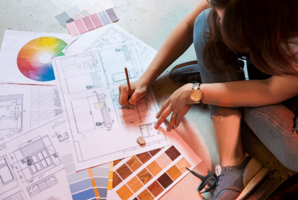 designer increasing interior decorator salary by working on client project
