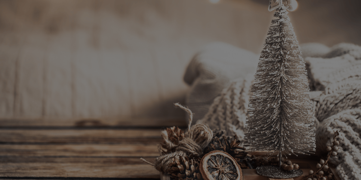9 Interior Decorating Tips to Brighten Your Christmas!