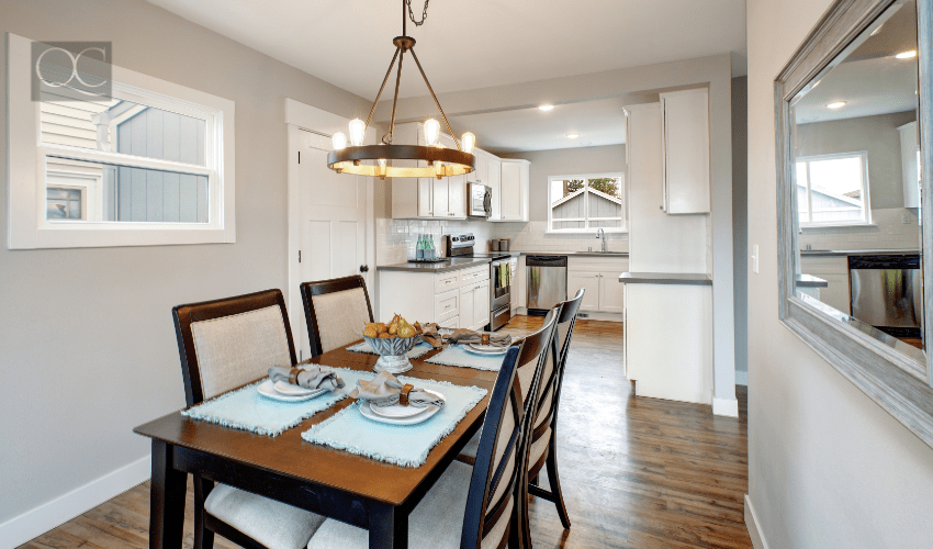 Transitional design style in dining room