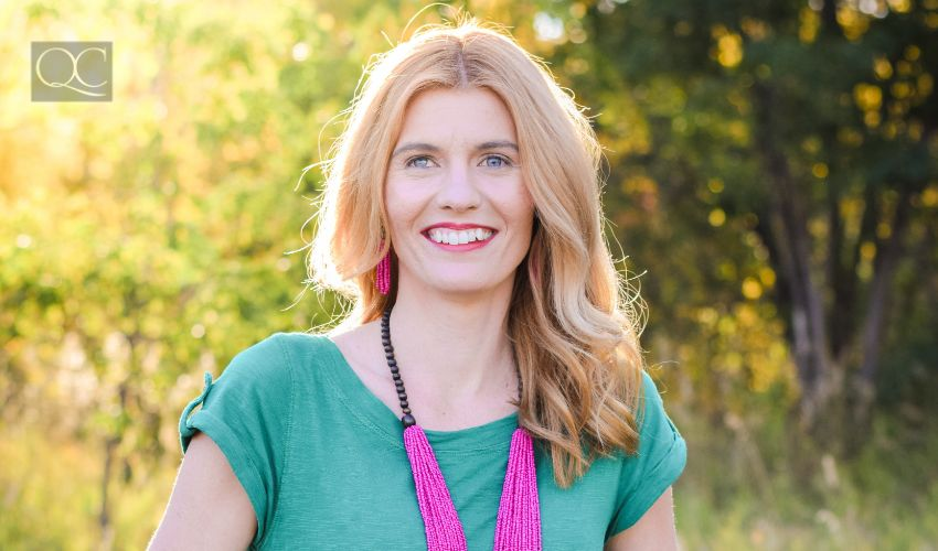 Color consultant curb appeal article, May 18 2021, Christina Kittelstad headshot